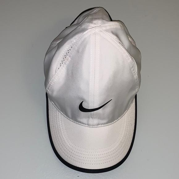 New Nike Feather Light Dri-Fit Hat